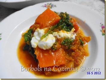 curry de abóbora com espinafre e quinoa