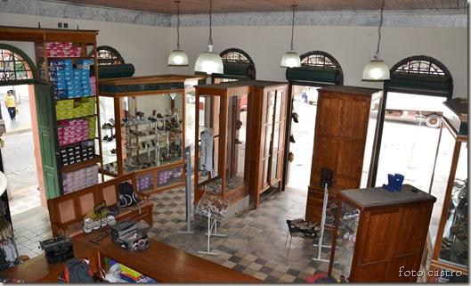 interior_bota_preta_foto_castro