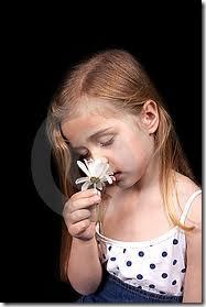 niña con flores (5)