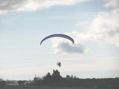 11.2011 man airborne1 skaket beach4