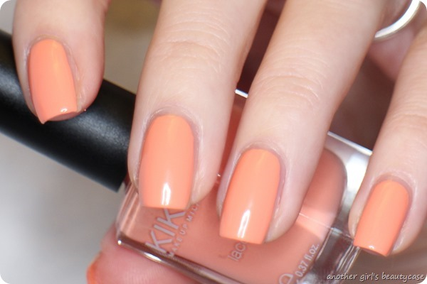 LFB Apricot 359 Light Peach Kiko swatch (5 von 7)