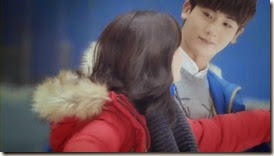 Bike Repair Shop Drops Insanely Cute Hug CF with Nam Ji Hyun and Park Hyung Sik - A Koala's Playground_2.MP4_000085460_thumb[1]