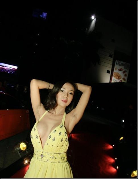 Gan-Lulu-on-auto-show-2