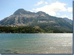 1396 Alberta - Waterton Lakes National Park - town of Waterton - Upper Waterton Lake