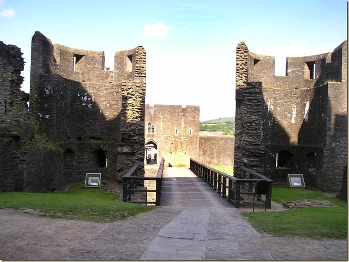 caerphilly castle12
