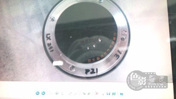 fuji-mirrorless-camera