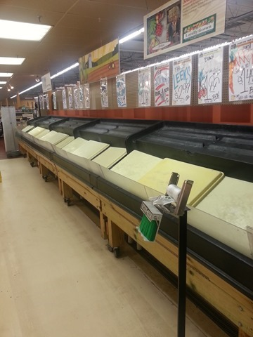 Produce Section during Toledo Water Emergency