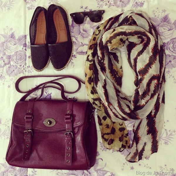 look calça estampada renner, tricot branco, bolsa burgundy e lenço estampa animal print (2)
