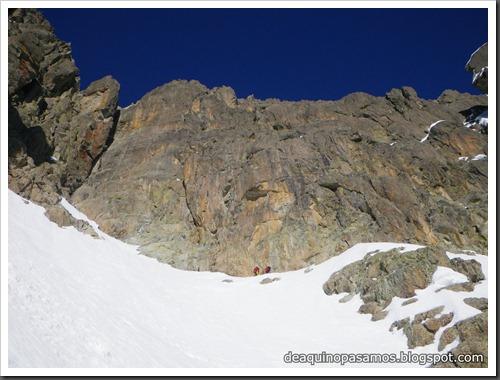 Circo Sur del Midi d'Ossau con esquis (Portalet, Pirineo Frances) (Isra) 7720