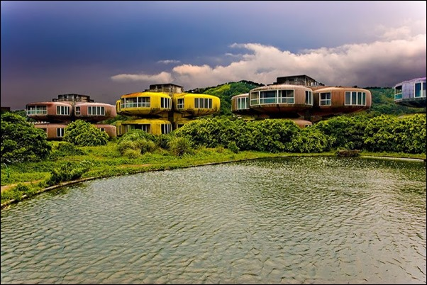 Sanzhi UFO houses 01