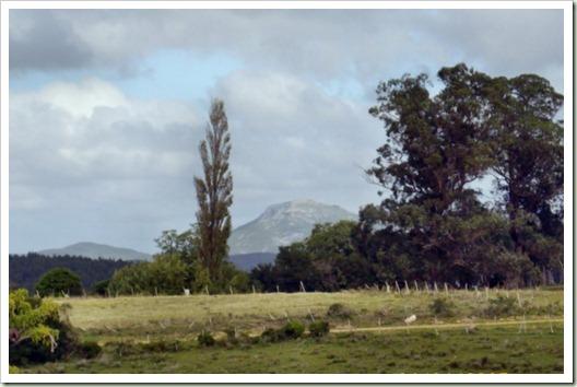 Cerro Betete y al fondo el Tupanbaé