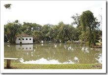 Lago para pescar e andar de pedalinho