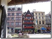 2011.07.08-007 maisons place du Vieux-Marché