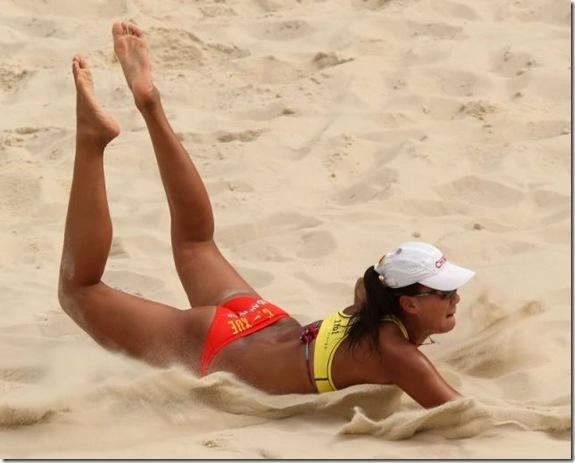 girls-volleyball-butt-7
