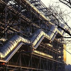 07.- Rogers y Piano. Centro Pompidou