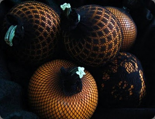netted pumkins black and orange soolip