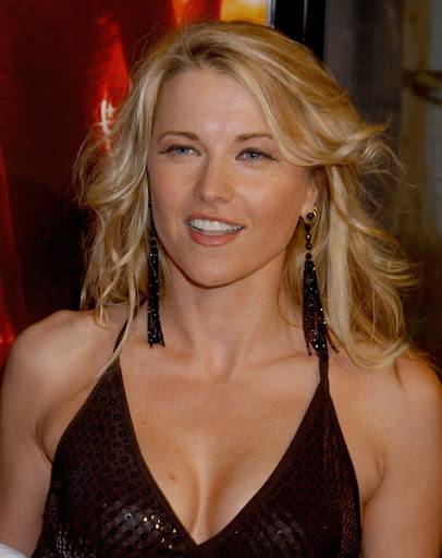 lucy lawless. Eslam Eslam - Lucy Lawless