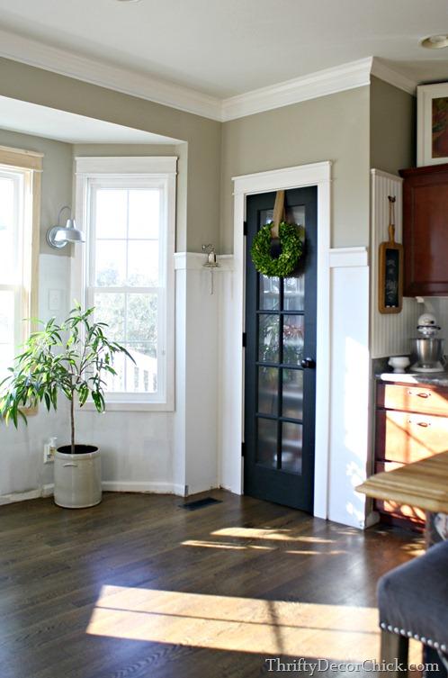 bay window kitchen