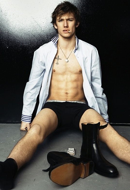 alex-pettyfer-boxer-briefs-_1
