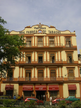 Things to do in Havana, Cuba: visit Partagas cigars factory