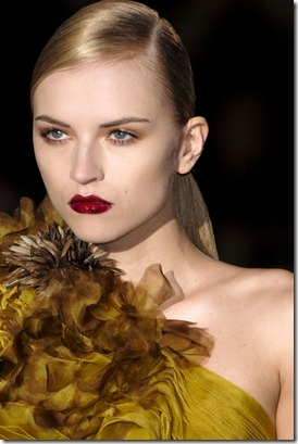 GUCCI-FALL-RTW-2011-BEAUTY-017_runway
