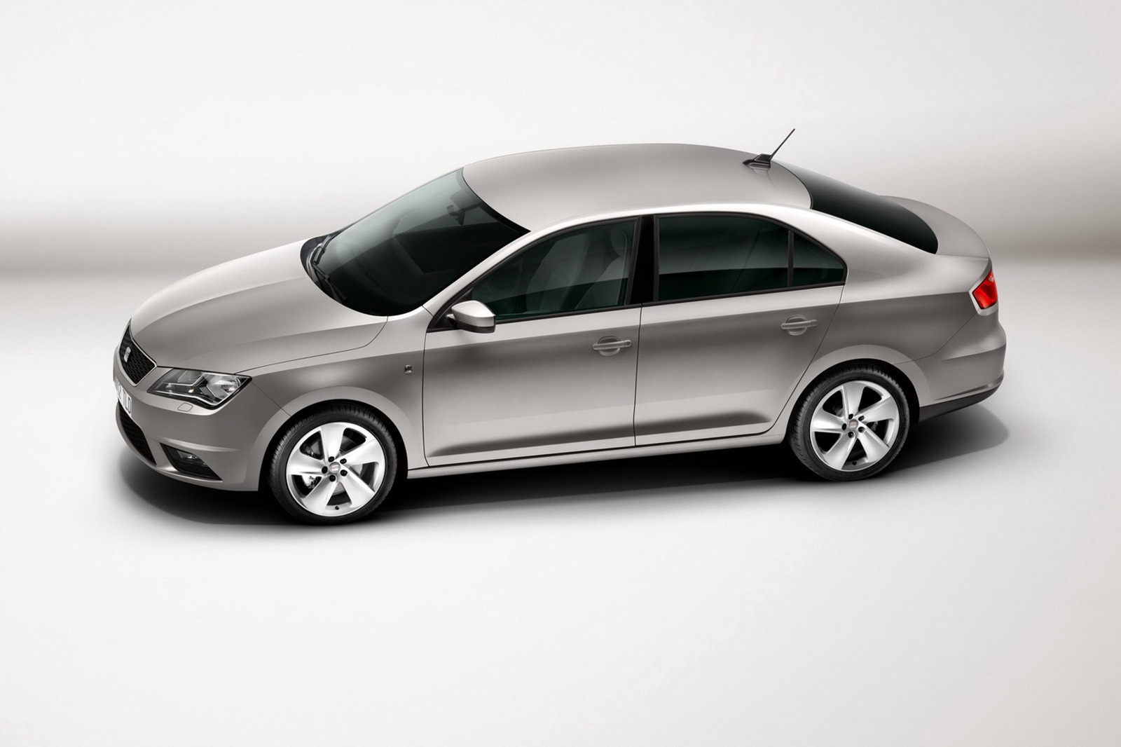 2013-Seat-Toledo-Sedan-Official-2.jpg?imgmax=1800