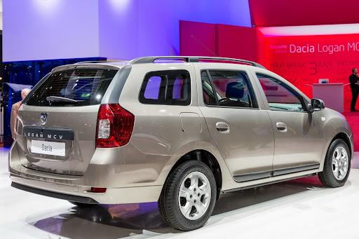 Dacia-Logan-MCV-08.jpg