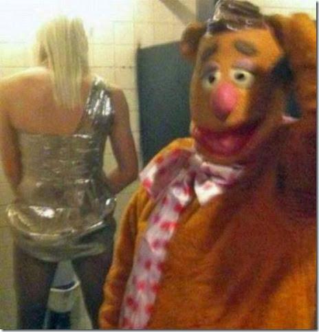 bathroom-craziness-028