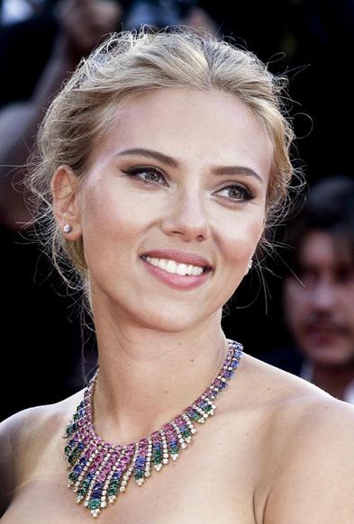 Scarlett Johansson Bulgari