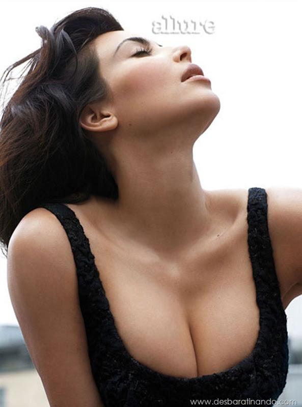 kim-kardashian-linda-sensual-sexy-sedutora-boob-peitos-decote-ass-bunda-gostosa-desbaratinando-sexta-proibida (141)