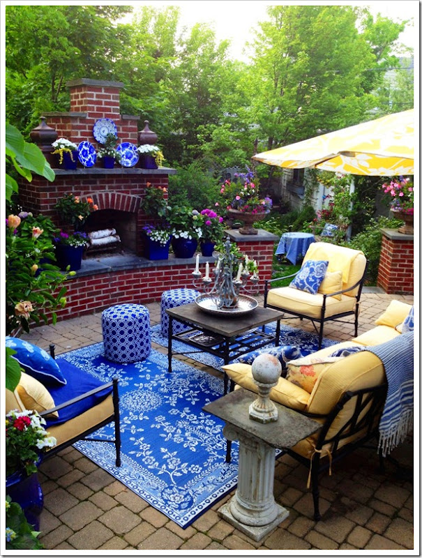 RuedeEmily Backyard1