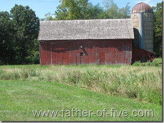 Ney Nature Center - The barn that I believe may have been the original Log Cabin when the Ney's first homesteaded on this land.