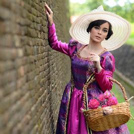 Dutch Lady by Bayu Ediputro - People Fashion