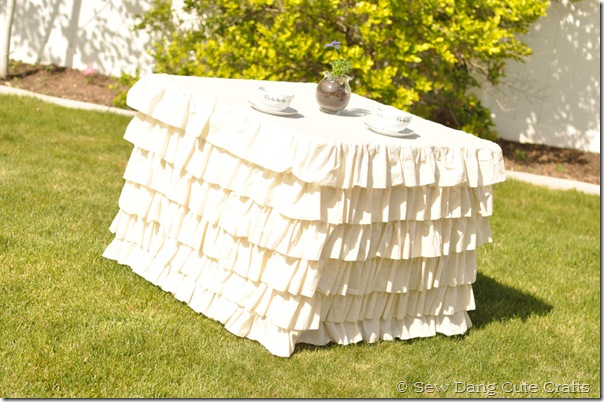 Ruffled-Tablecloth-3