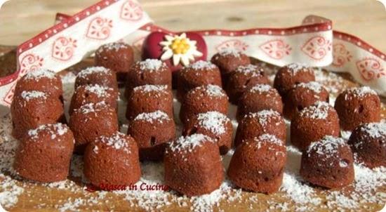 Biscotti morbidi al cacao e cocco