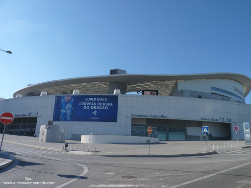 exteriores-estadio-futbol-oporto-do-dragao.JPG