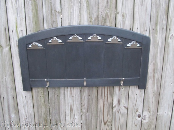 repurposed headboard photo display (30)