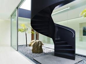 escaleras-forma-caracol-negra