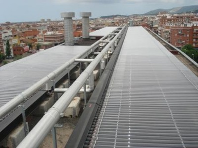 agua-caliente-de-las-piscifactorías-mediante-paneles-solares