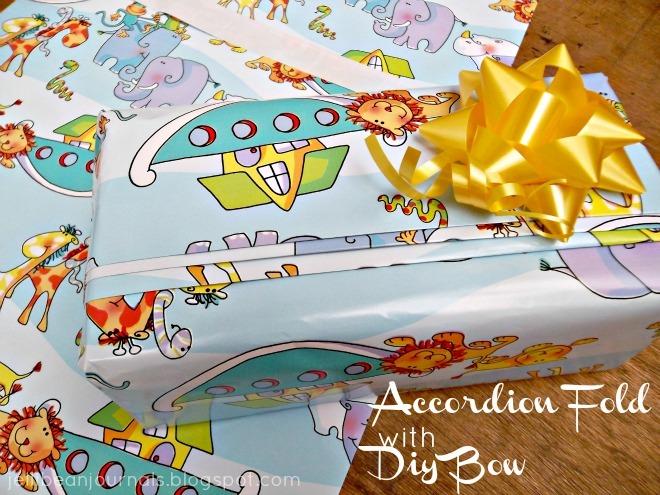 accordion fold with diy bow