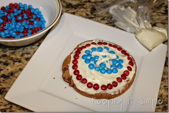 #shop Captain-America-M&M's-Shield-Cookies (4)