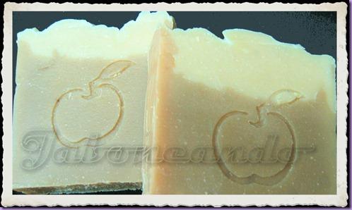 Jabón de seda y yogur (jabón íntimo)