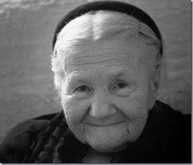 Irena anciana
