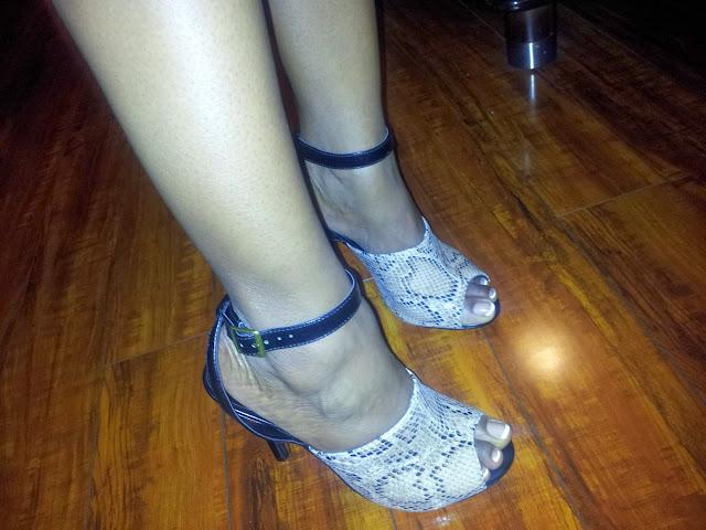 DaJa ShoeDazzle snake skin shoes