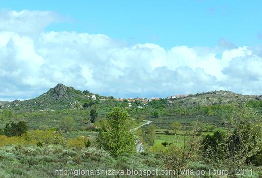 Glória Ishizaka - Vila do Touro - caminho