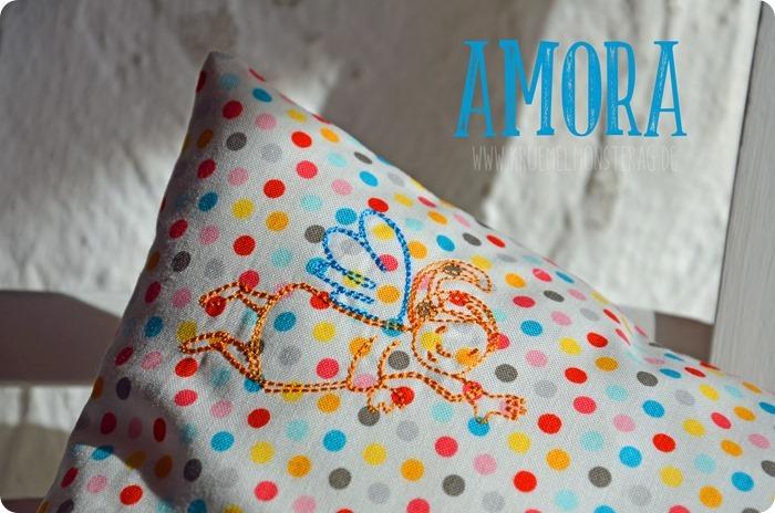 Tröstekissen (05) Embroidery FliegEngelFlieg by AnjaRieger