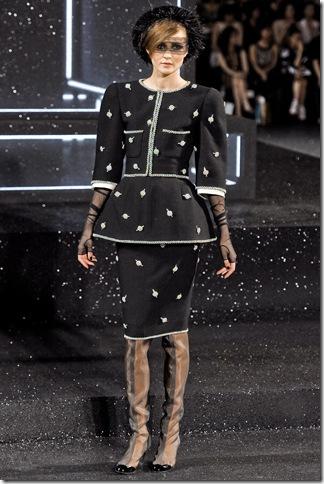 Chanel Fall 2011 (7)