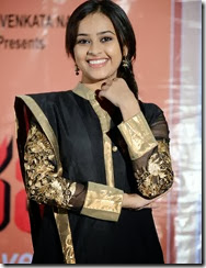 Sri_Divya_latest_photo