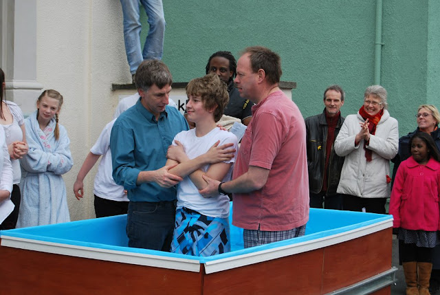 2010 - Easter Baptisms