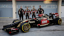 Lotus E22 F1 car launch pictures